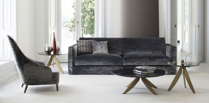 Moderne Sofa mit Samtbezug Danton
