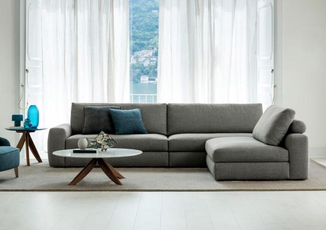 sofa mit separater chaise longue berto salotti. Black Bedroom Furniture Sets. Home Design Ideas
