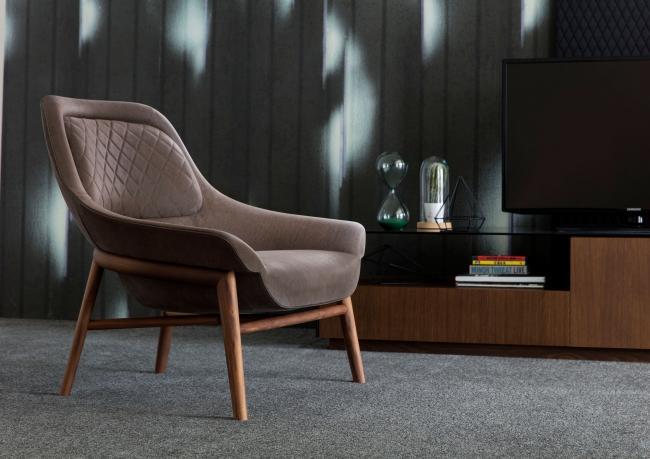 Designer-Sessel aus Leder und Holz Hanna – Berto Salotti
