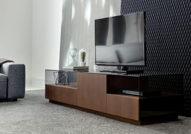 TV-Möbel mit Platte aus Glas - Berto Salotti