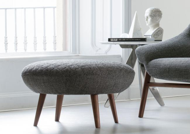 Runder Design Hocker Hanna Nach Mass – Berto Salotti